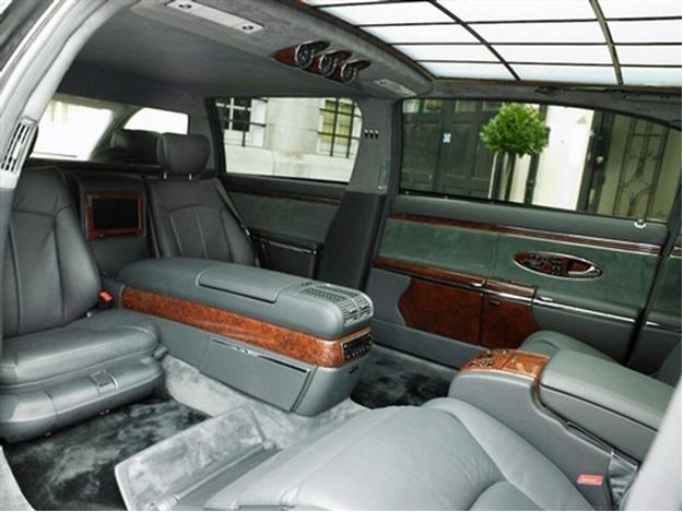 Maybach 62S Limousine